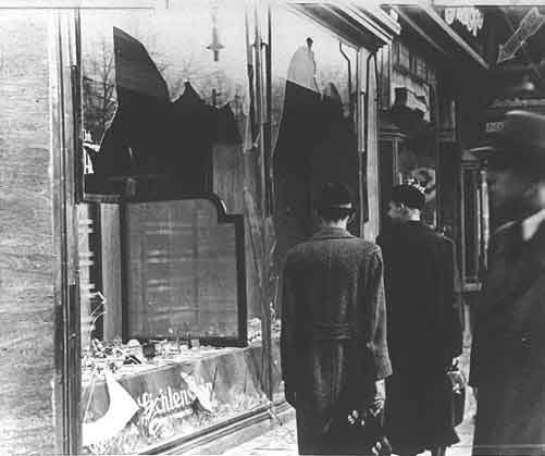 http://www.jewishvirtuallibrary.org/jsource/images/Holocaust/krs4.jpg