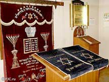 armenia jewish singles The armenian and jewish community is roughly the same size jews have won nobel prizes and field medals why haven't the armenians won a single prize.
